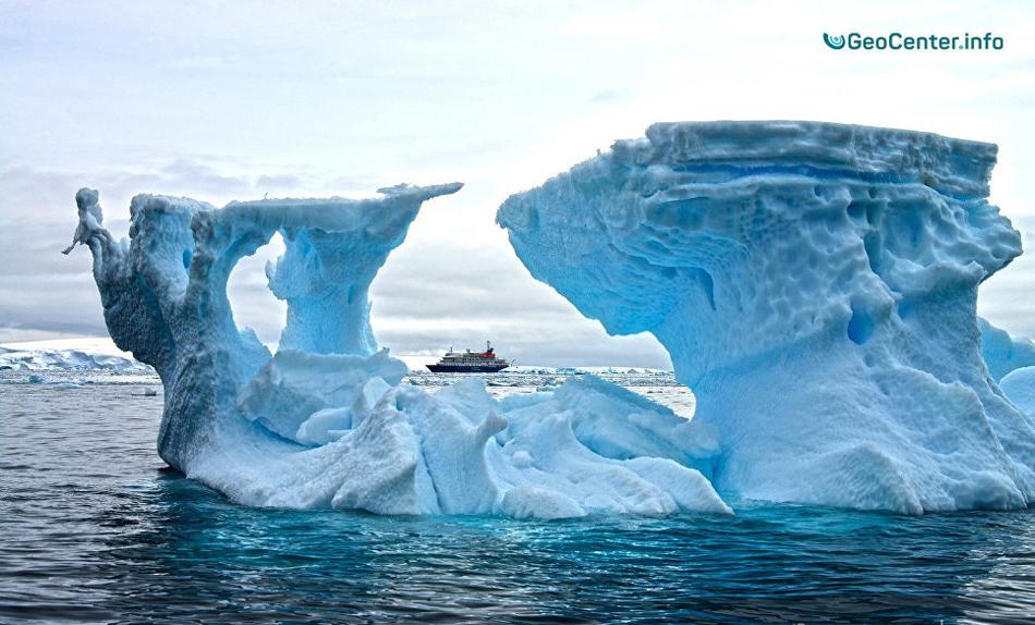 Заявления ученых об отколовшемся айсберге от Антарктиды, июль 2017 года
