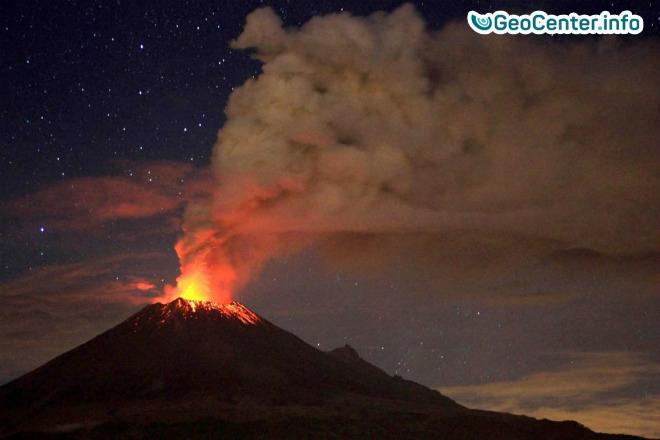 Почти 50 раз за сутки взорвался Мексиканский вулкан Попокатепетль