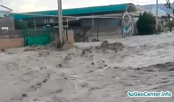 В Туркменистане сошел селевой поток, август 2017 года