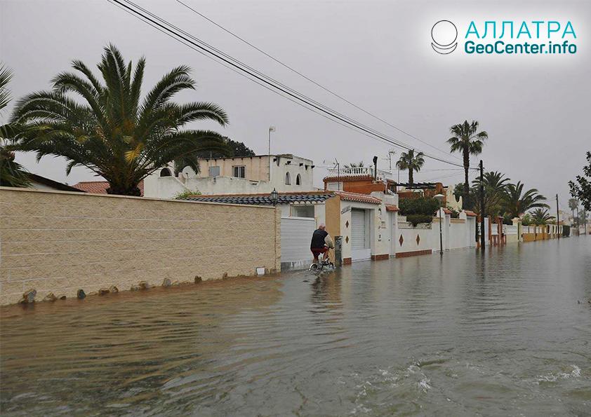 Крупные наводнения в Испании, апрель 2019