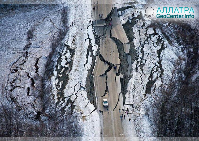 Мощное землетрясение на Аляске, ноябрь 2018