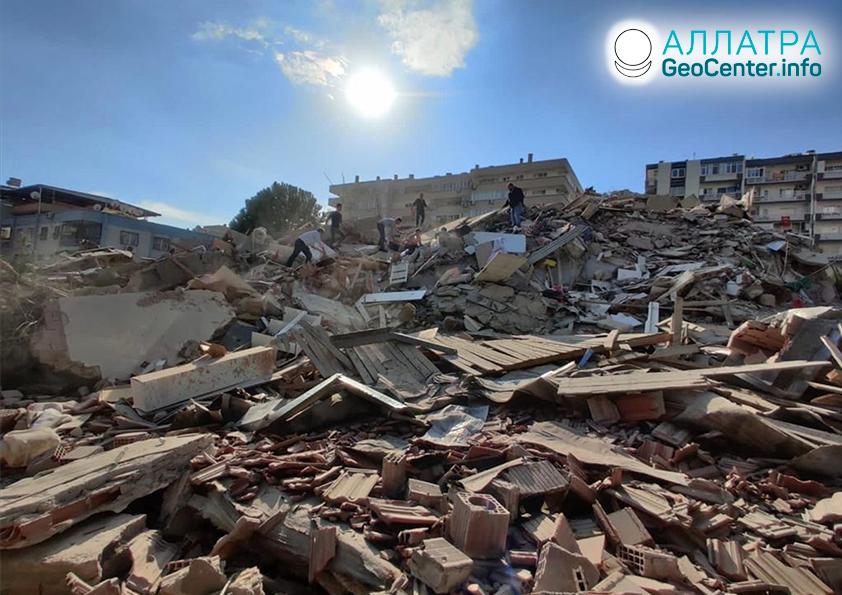 Мощные землетрясения в Турции и Греции, октябрь 2020
