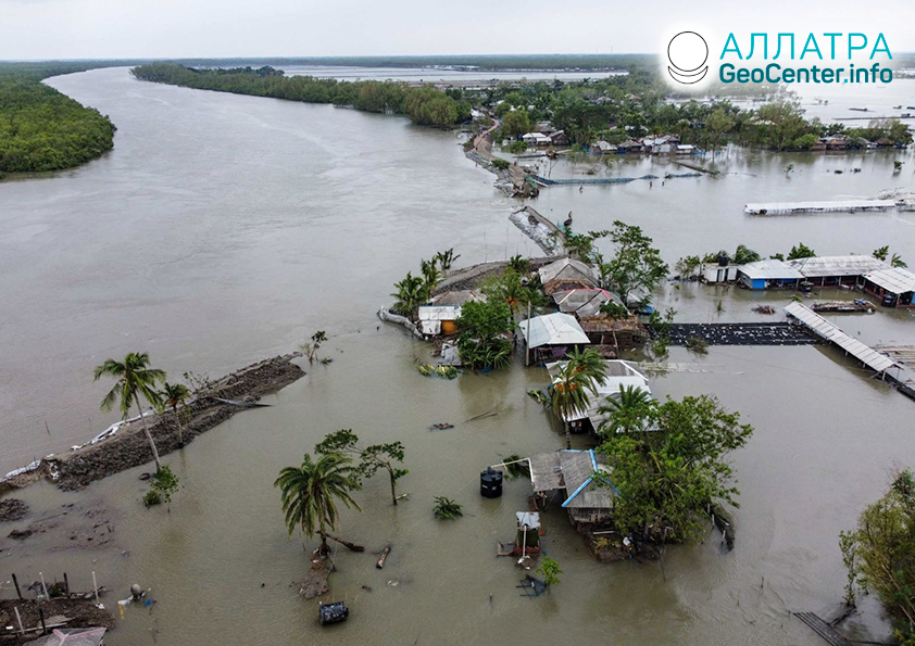 "Mohutný cyklón ""Amphan"" v Indii a Bangladéši, máj 2020"
