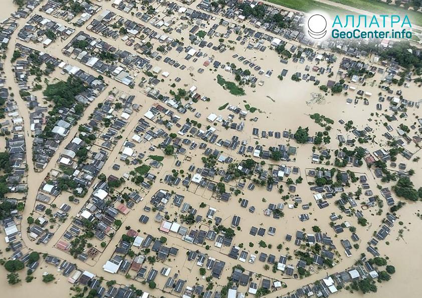 Záplavy a zosuvy, koniec februára 2021