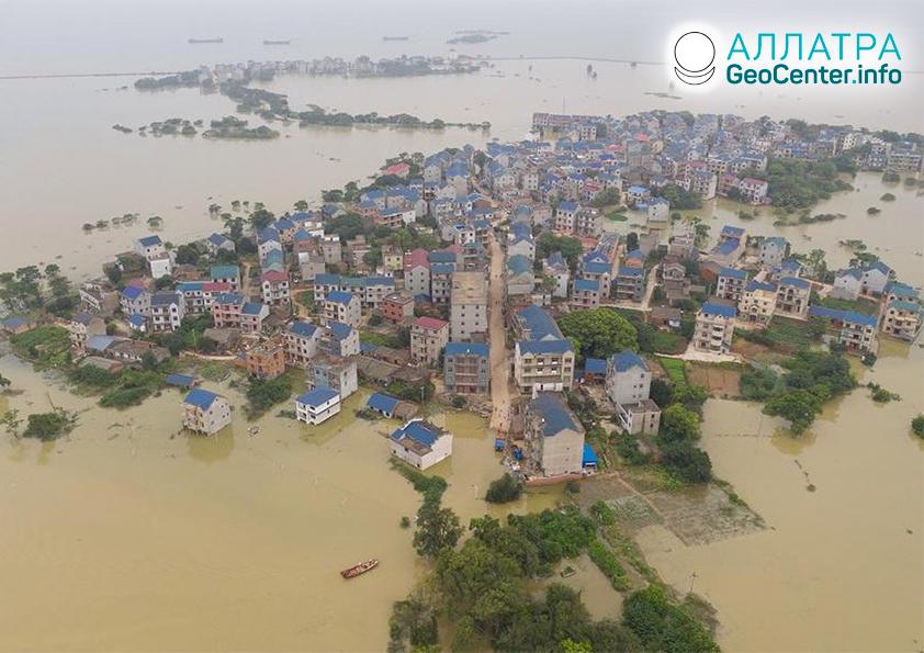 Záplavy a zosuvy na planéte, júl 2020