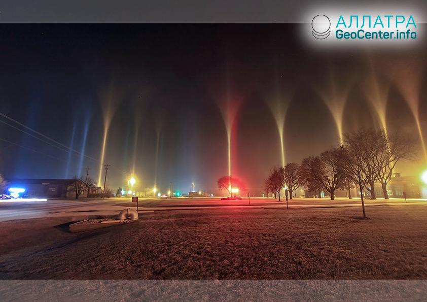 Необычное и удивительное атмосферное явление. Световые столбы