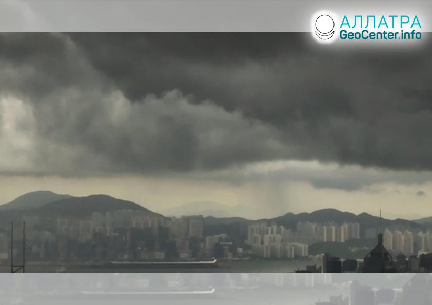 Непогода в Китае — крупный град, снег, проливные дожди, март 2020