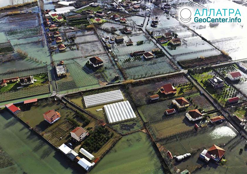 Оползни и наводнения, январь 2021