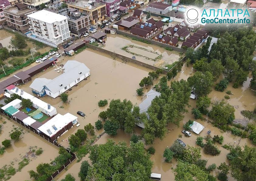 Разрушительные наводнения на планете, август 2021