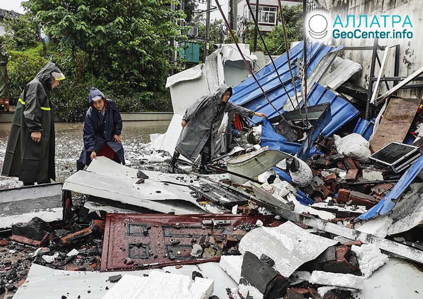 Deštrukčné zemetrasenia, 13. – 16. septembra 2021