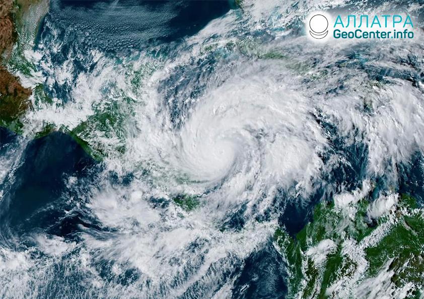 Разрушительный ураган «Эта», ноябрь 2020