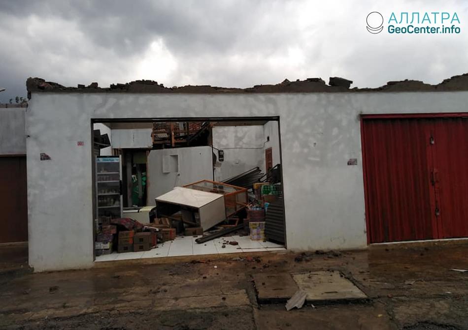 Серия торнадо в Индонезии, Италии и на Кипре 8-11 января 2019 года
