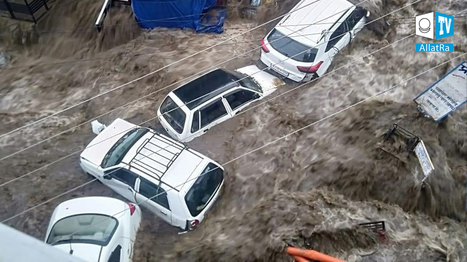 ŠOKUJÍCÍ následky záplav → Čína, Indie, Rusko, Bělorusko, Turecko, Rakousko, USA, Pákistán