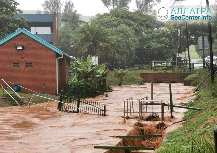 Сильные дожди в ЮАР, декабрь 2019