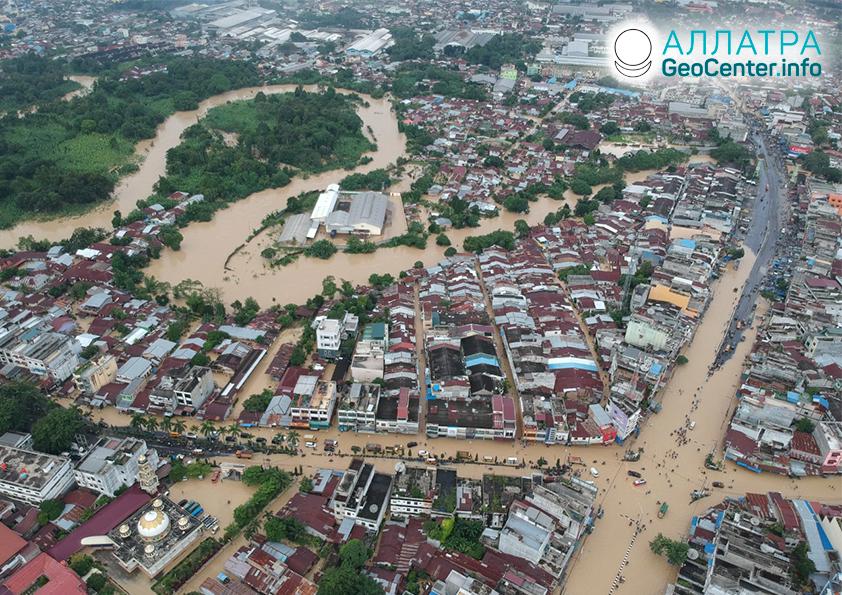 Сильные наводнения и оползни, декабрь 2020