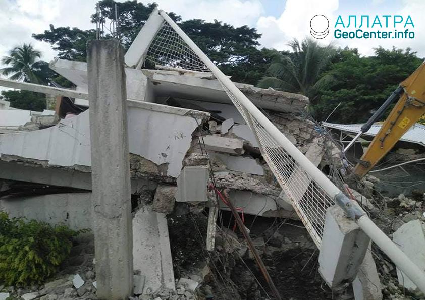 Сильные землетрясения в Азии и Африке, август 2020