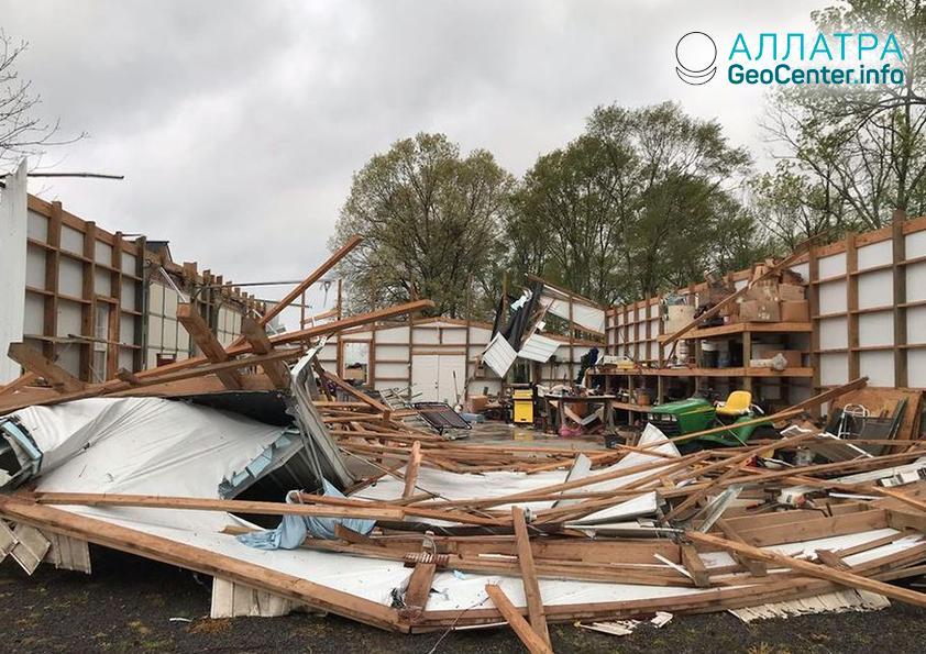 Торнадо в Алабаме (США) апрель 2019