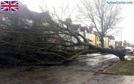 """Атлантический шторм """"Дорис"""" в Великобритании"""