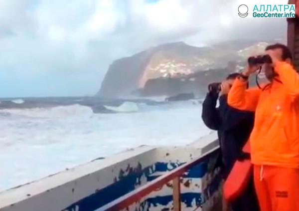 Шторм Эмма: от Канарских островов к Пиренейскому полуострову, февраль 2018 г.