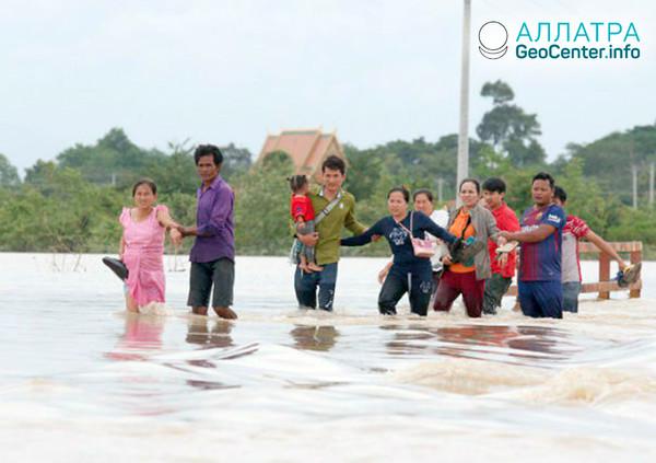Проливные дожди в Камбодже, июль 2018 г.