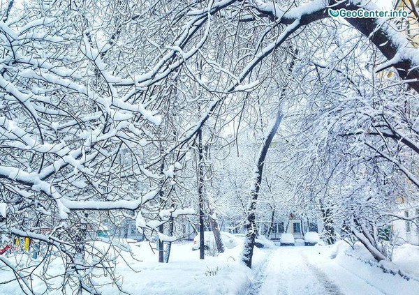 Снегопад в Центральной России, февраль 2018 г.