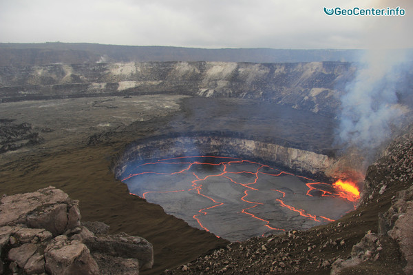 Обрушилась часть новой земли, сотворенная вулканом Килауэа