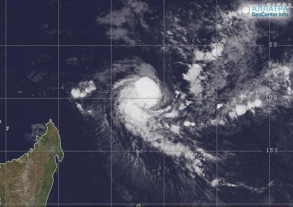 """Нашествие тропических штормов """"Альсид"""", """"Беатрис"""" и """"Хавьер"""". Чего ожидать?"""