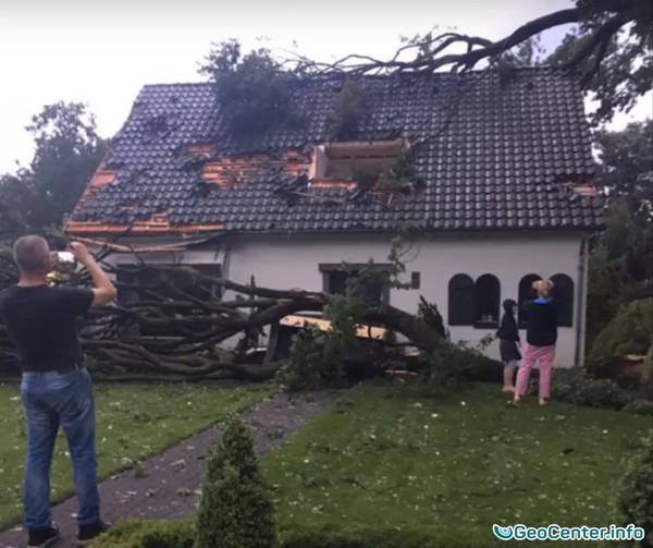 Сильная гроза, буря и град в Голландии 24 июня 2016