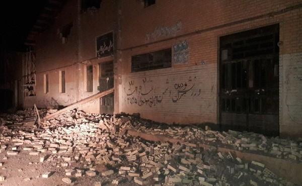 Мощное землетрясение в Иране, август 2018 г.