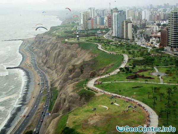 Сильное землетрясение ощутили жители Перу 18 июля