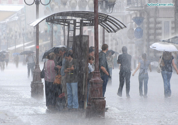 Ливни и наводнение в Мадриде, Испания