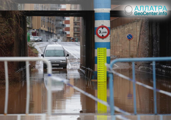 Испания: дожди, вызывающие наводнения, октябрь 2018 г.