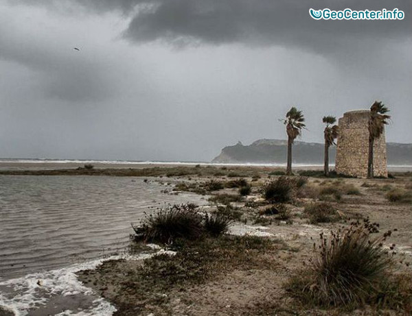 Неистовый шторм на Сардинии