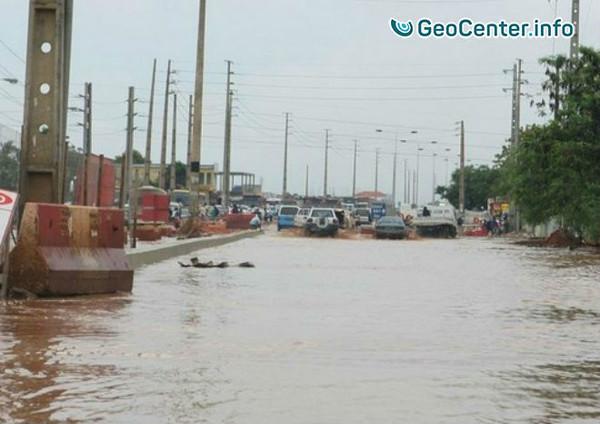 Сильное наводнение в Анголе
