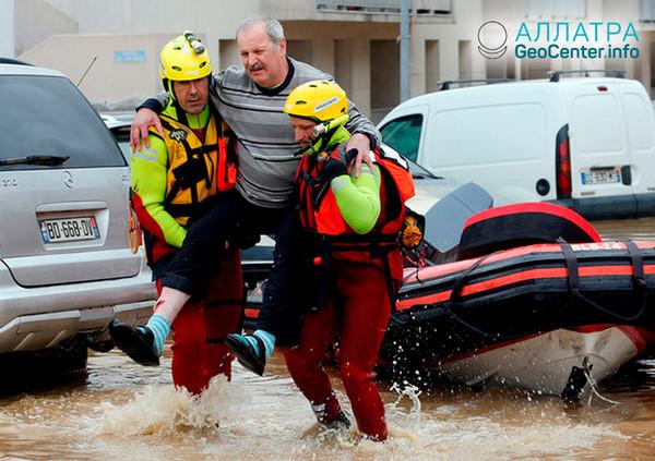 Последствия наводнения во Франции, октябрь 2018