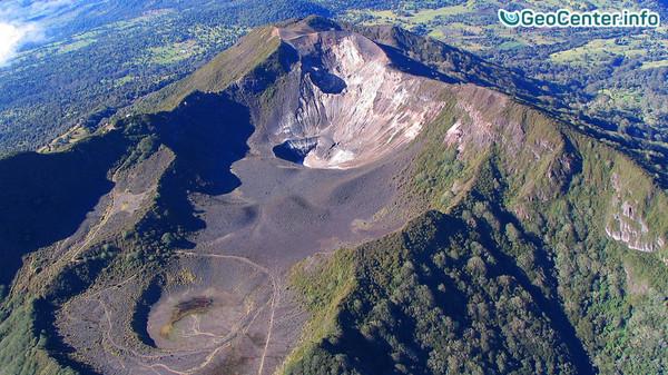 Вулкан Турриальба: на близлежащих территориях введен режим ЧП