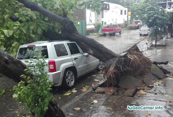 Ураган Макс достиг Акапулько, Мексика сентябрь 2017