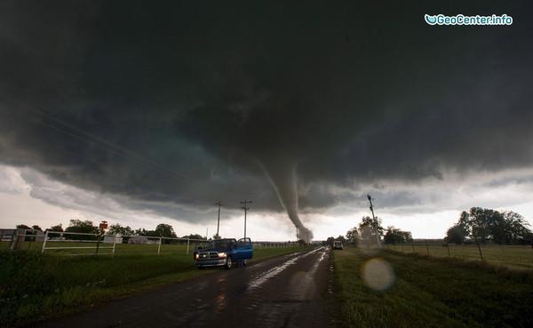 На США обрушились мощные торнадо