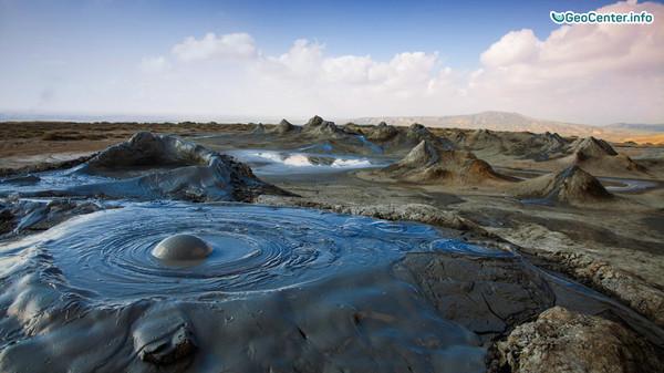 Извержение грязевого вулкана в Баку