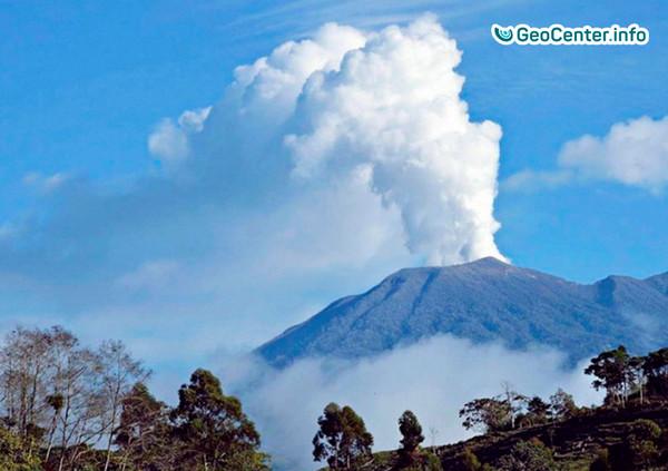 Извержение вулкана Турриальба, февраль 2018
