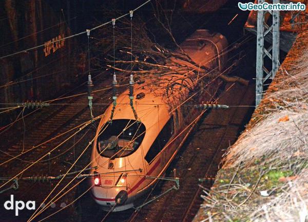 """Штормовой циклон """"Томас"""": последствия стихии в Германии"""