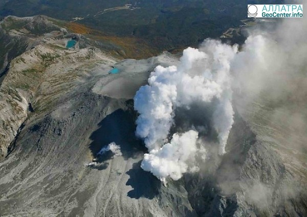Новости о вулкане Симмоэ, Япония, апрель 2018 года