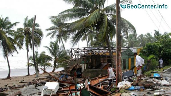 """Самый разрушительный ураган """"Ирма"""" приближается к США, идет эвакуация"""