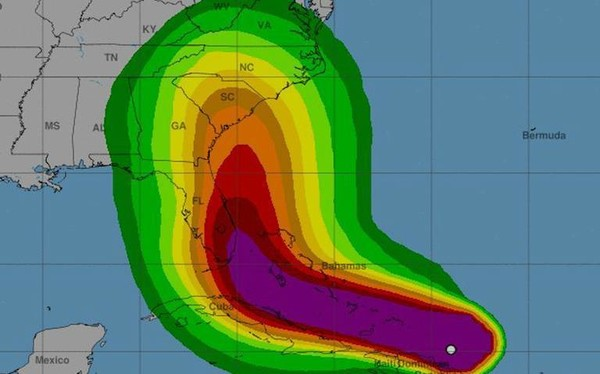 "Greatest Evacuation In History"" - more than 650 000 residents To Leave Florida"