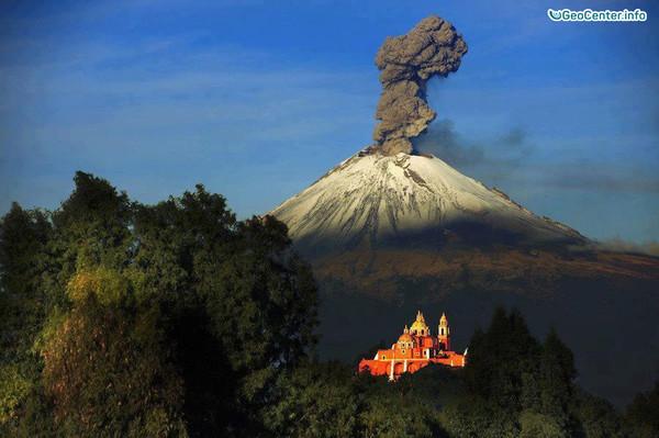 Горячее дыхание вулкана Попокатепетль, Мексика