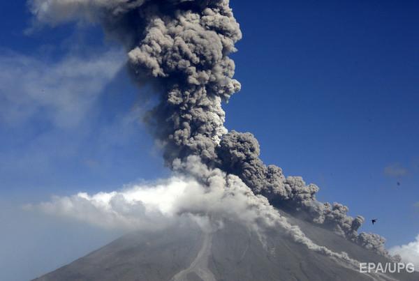 Проснувшийся вулкан Майон и землетрясение на Филиппинах в начале июля 2018 г.