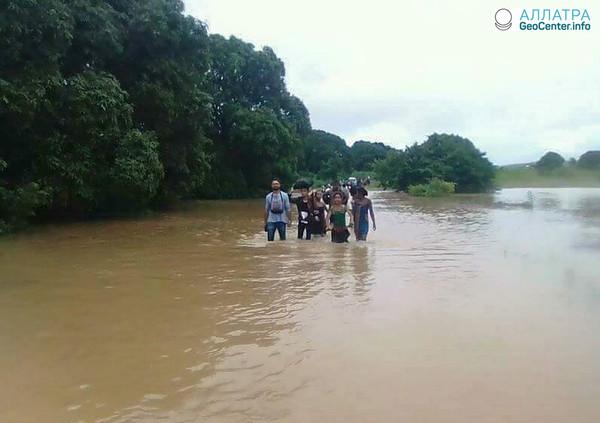 Тропический циклон «Элиаким» на Мадагаскаре