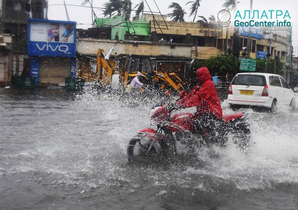 """Cyklón """"Fani"""" v Indii, květen 2019"""