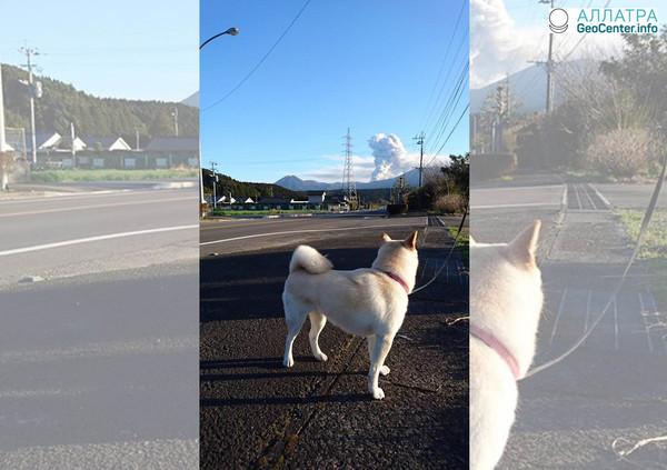 Вулкан Симмоэ на японском острове Кюсю продолжает извергаться, март 2018 г.