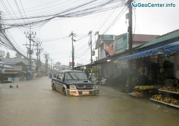 Наводнение в Тайланде на курортных островах Самуи и Пханган, январь 2017
